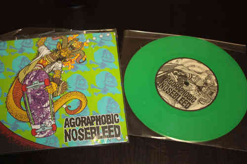 "AGORAPHOBIC NOSEBLEED | TOTAL FUCKING DESTRUCTION 'Frontside Nosegrind' Split 7"" limited green vinyl"